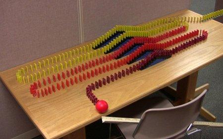 Dominoes Everywhere